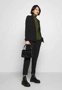 HVISK - DALLY CROCO - Handbag - black - 1