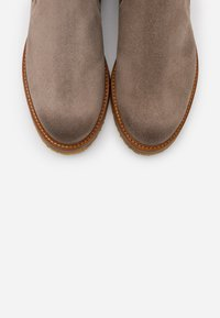 Marc O'Polo - BRENDA - Classic ankle boots - taupe - 5
