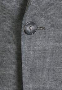 Isaac Dewhirst - CHECK SUIT - Kostym - light grey - 7