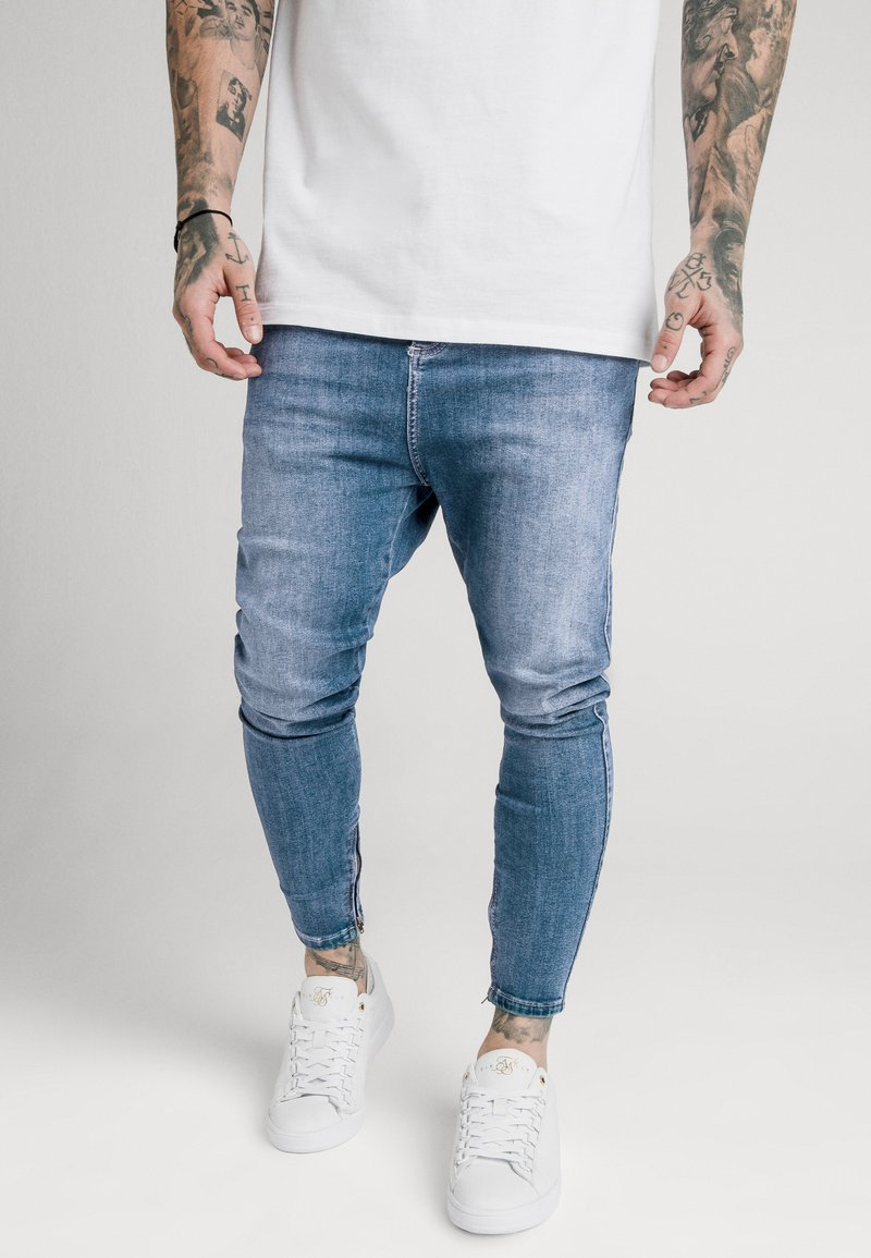 SIKSILK - SIKSILK DROP CROTCH  - Vaqueros pitillo - stone blue denim