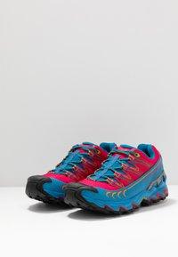 La Sportiva - ULTRA RAPTOR WOMAN GTX - Trail running shoes - neptune/orchid - 2