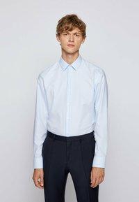 BOSS - Formal shirt - light blue - 0