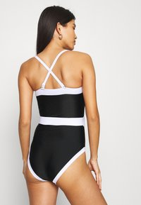Pour Moi - REMOVABLE STRAPS BELTED CONTROL SWIMSUIT - Badedrakt - black/white - 4
