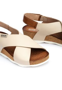 Pikolinos - Wedge sandals - marfil - 5