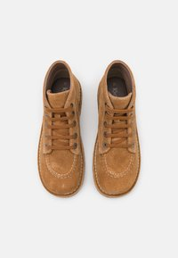 Kickers - LEGEND I KNEW - Ankle boots - camel - 5