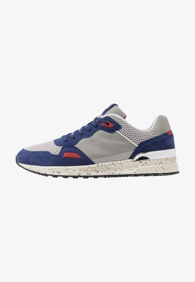 TRECK RUNNING - Sneaker low - bluette