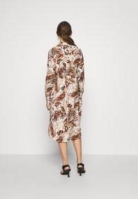 Object - OBJEMERSON DRESS   - Shirt dress - sandshell/vild - 2