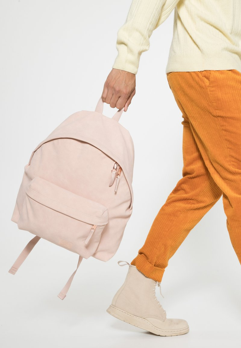 Eastpak - FASH FORWARD - Rugzak - pink