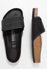 Birkenstock - TEMA UNISEX - Domácí obuv - black - 1
