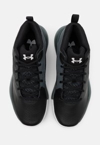 Under Armour - LOCKDOWN 5 - Basketball shoes - black - 3