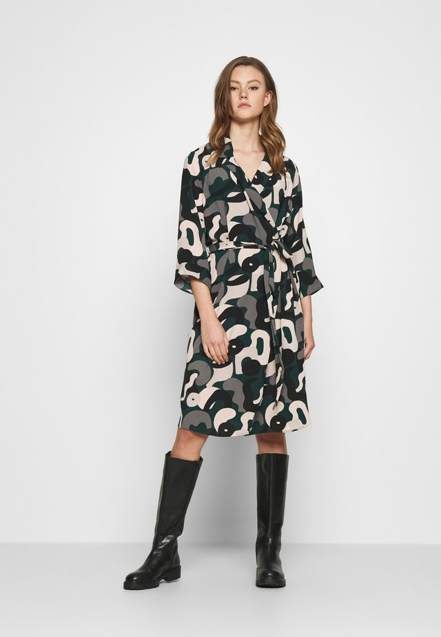 ANDIE DRESS - Korte jurk - green dark blobbyshapes