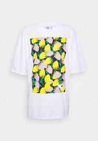adidas Originals - GRAPHIC TEE - Print T-shirt - white - 3
