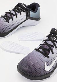 Nike Performance - METCON 6 - Scarpe da fitness - black/white - 5