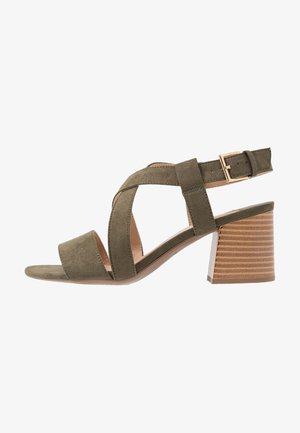 WIDE FIT BEAMER EASY CROSS OVER STACK HEEL - Sandals - khaki