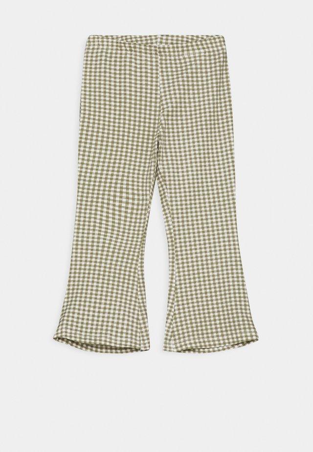 NMFDAMAR BOOTCUT PANT - Pantalon classique - deep lichen green