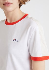Fila - NOREEN TEE - Print T-shirt - bright white - 4