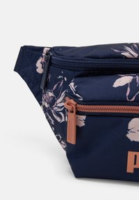 Puma - CORE WAISTBAG - Bum bag - peacoat rose / gold aop - 3