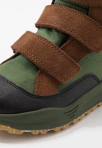 Woden - ADRIAN - Winter boots - pine tree green - 2
