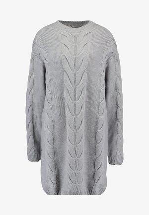 CABLE JUMPER DRESS - Strikket kjole - grey