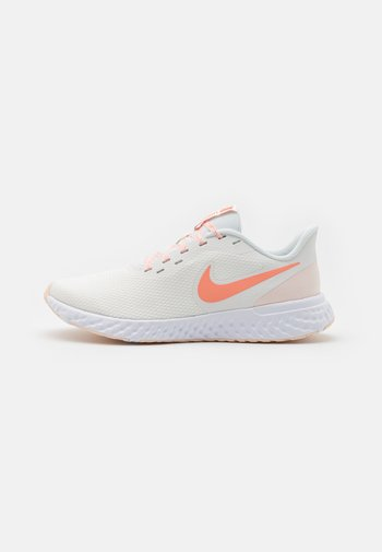 REVOLUTION 5 - Neutral running shoes - summit white/crimson bliss/orange pearl/white