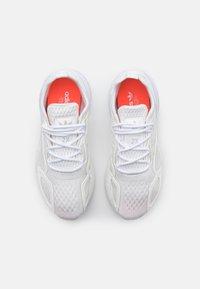 adidas Originals - ZX 2K BOOST UNISEX - Trainers - footwear white/grey one - 3