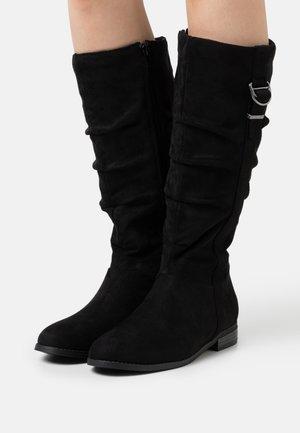 TOBIIAS - Vysoká obuv - black
