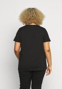 Simply Be - SEQUIN - T-shirts print - black - 2