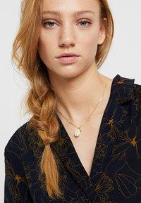 Pilgrim - NECKLACE - Necklace - white - 1