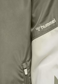 Hummel - SULLIVAN - Waterproof jacket - vetiver - 6