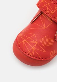 Kickers - SABIO UNISEX - Touch-strap shoes - rouge galactic - 5