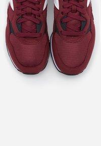 Diadora - N.92 UNISEX - Trainers - violet prune - 4