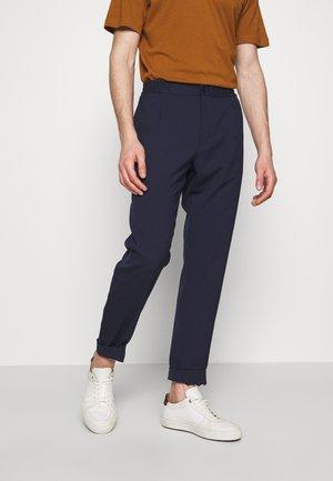 SASHA EVO TANGLED - Chino kalhoty - mid blue