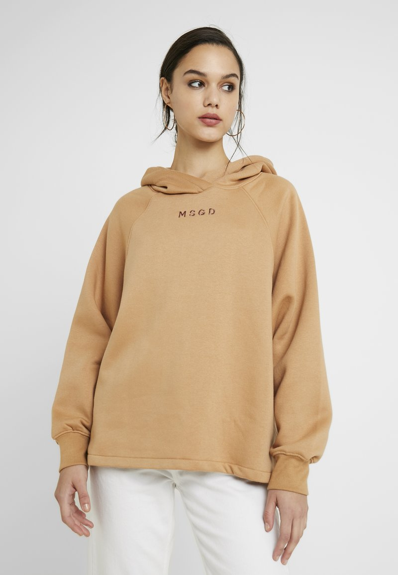 Missguided - LOOPBACK DRAWSTRING HOODY - Jersey con capucha - camel