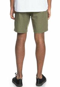 Quiksilver - Shorts - four leaf clover - 1