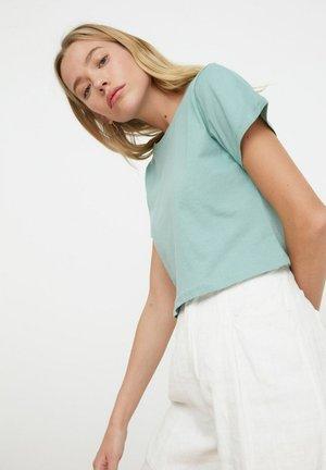 TRENDYOL - Basic T-shirt - blue