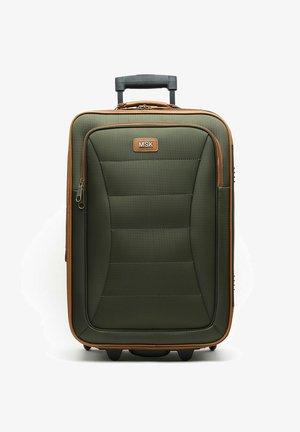 LESLIE  - Wheeled suitcase - green