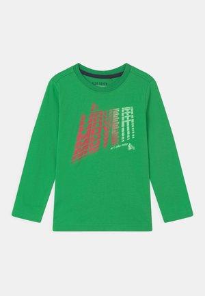 SMALL BOYS  - Long sleeved top - grün