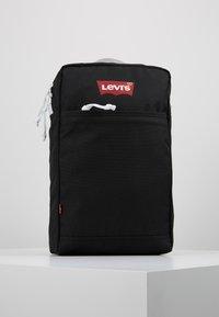 Levi's® - PACK SLIM MINI BATWING - Rucksack - regular black - 0