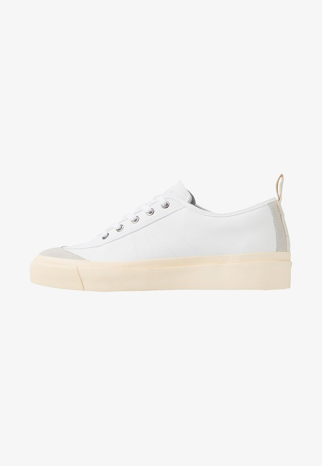NUMBER ONE - Sneakers laag - white