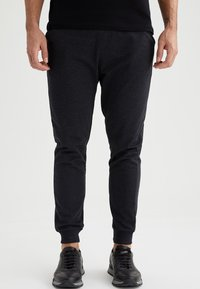 DeFacto - Tracksuit bottoms - anthracite - 0