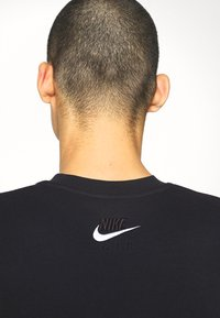 Nike Sportswear - AIR CREW - Sweatshirt - black/white - 3