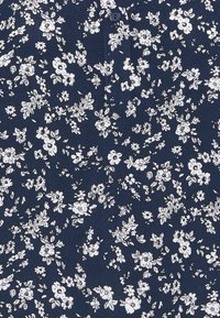 Kaffe - LUPE BLOUSE - T-shirts med print - white / midnight marine flower - 2