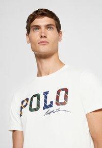 Polo Ralph Lauren - SHORT SLEEVE - Print T-shirt - deckwash white - 3