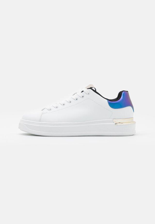 VMMILANO  - Sneakers laag - snow white/navy blaze
