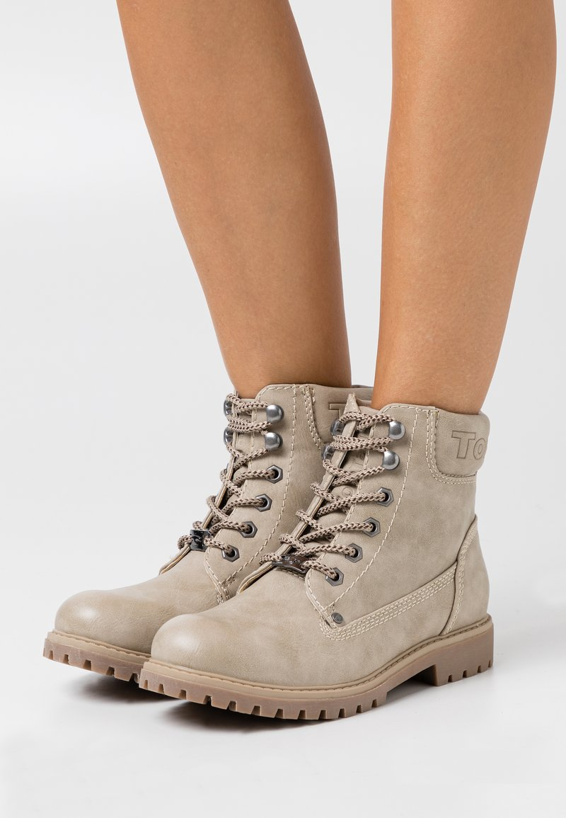 TOM TAILOR - Lace-up ankle boots - offwhite