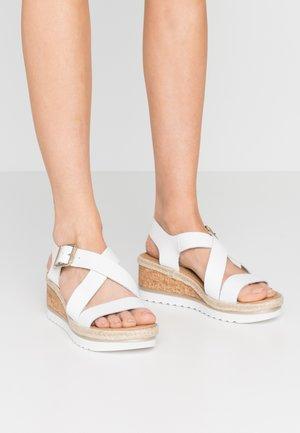COMFORT VINO SPORT WEDGE - Platform sandals - white