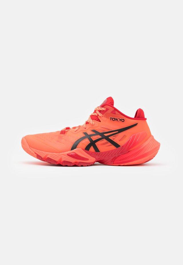 METARISE - Handball shoes - sunrise red/eclipse black