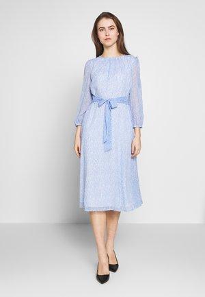 Day dress - light blue/off-white
