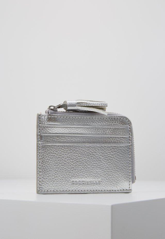 TASSEL CARD HOLDER  - Geldbörse - silver
