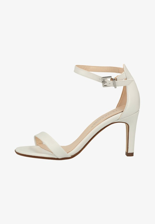 Højhælede sandaletter / Højhælede sandaler - white